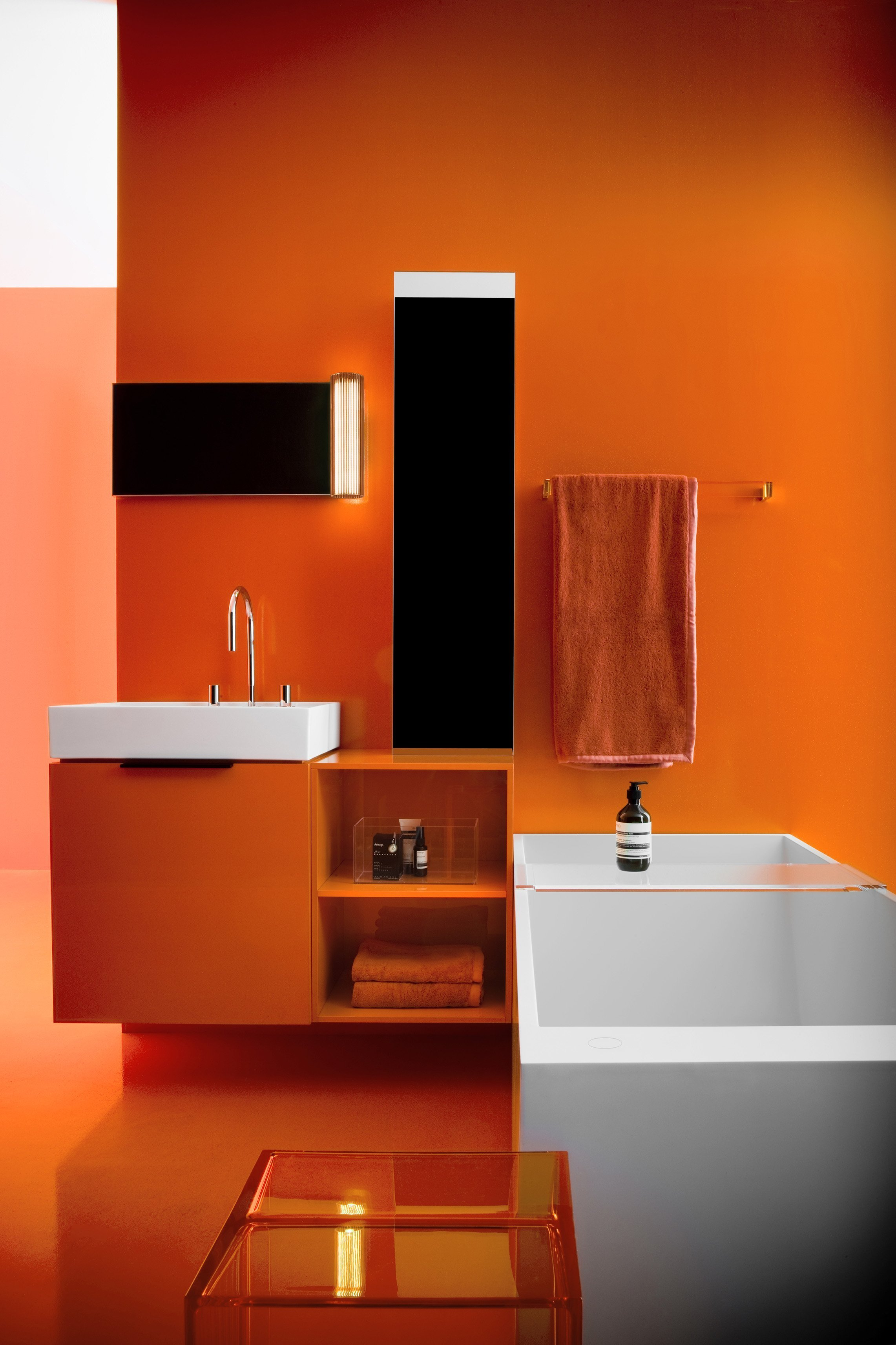 The bathroom Kartell by Laufen, designed by Ludovica + Roberto Palomba, is here