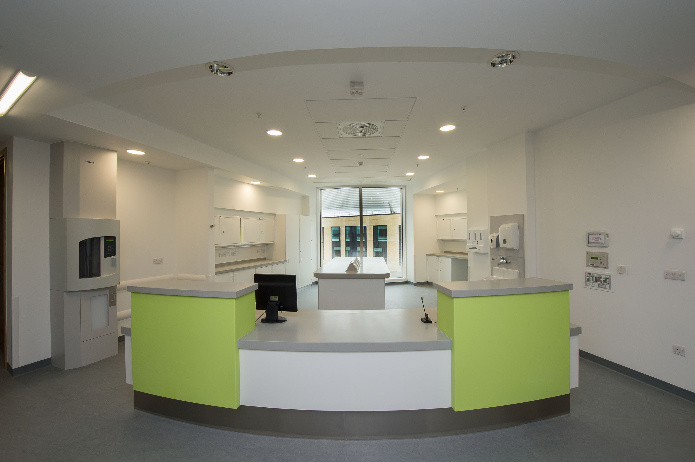 ROCKFON make a healthy contribution to BREEAM 'excellent' Southmead Hospital