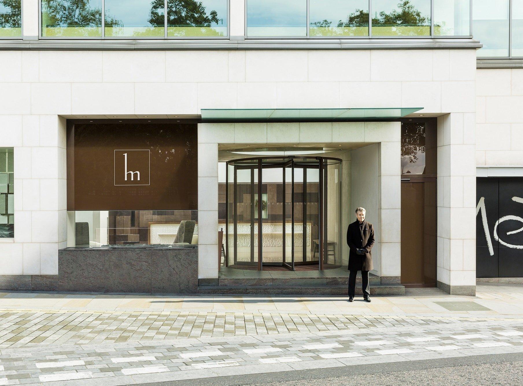 Ahmarra supply and install doors for COMO Metropolitan London