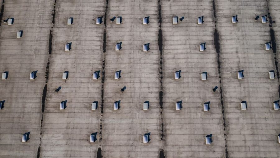 Keeping workers safe on industrial roofs