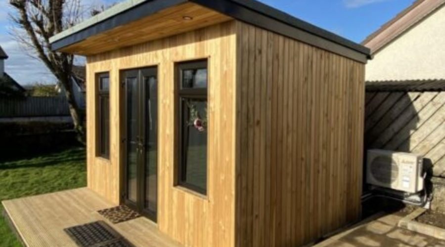 Mitsubishi Electric provide nail studio with fresh air and client comfort